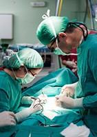 """""""Des blessures de guerre"""" et des patients en état de sidération"""